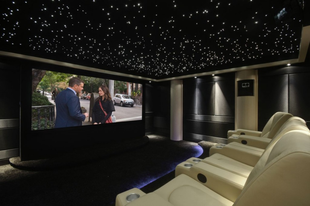 Home-Cinema-Beyond-368-5-of-8-image-on-screen